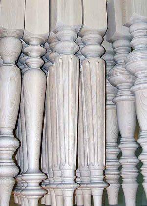 Tischbeine Holz, gedrechselt, 024