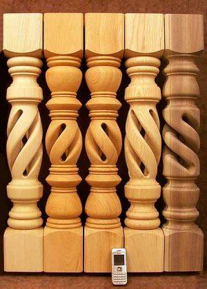 Tischbeine aus Holz mit Loch im Inneren, 001