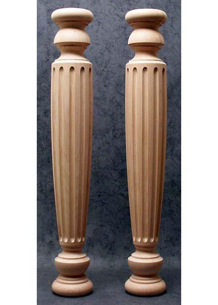 Tischbeine Holz mit gefraester Dekoration in der ganzen Laenge, TL77