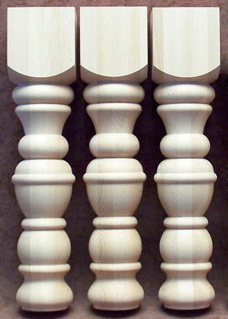 Tischbeine aus Holz mit gedrechselten Ringen, TL55